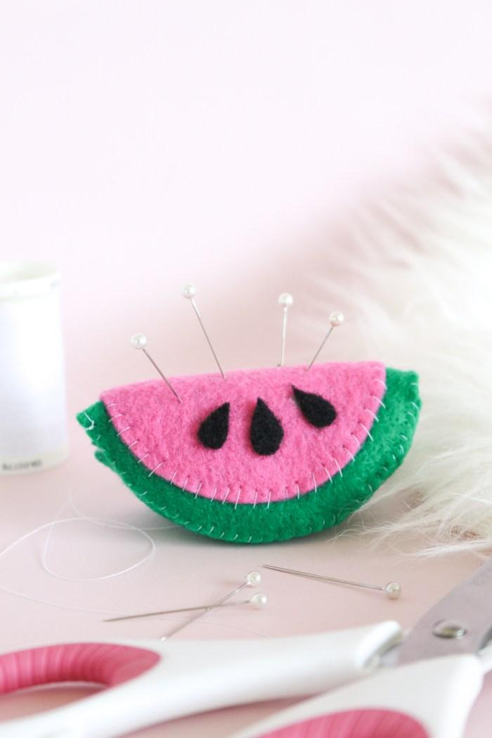 DIY Watermelon Pin Cushion | Club Crafted