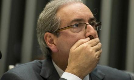 Depois de prestar depoimento, Cunha pode ficar em Brasília até dia 24