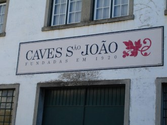 CAVES9