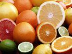Cítrico Odor frutado de certos vinhos que evoca a dos frutos citrinos (sidra, limão, laranja, etc.).
