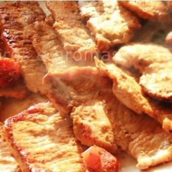 Lombinhos de Porco Preto corados em azeite com linguiça porco preto