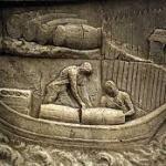 Os Fenícios, cerca do século X a.C., acabaram por se apoderar do comércio dos Tartessos, incluindo o respeitante aos vinhos. Pensa-se que tenham trazido algumas castas de videiras que introduziram na Lusitânia.