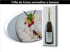 Trifle de frutos vermelhos e banana