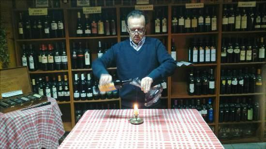 Sr. Luís Pintor e a arte de bem servir vinhos!