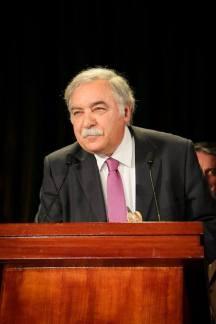 Dr Victor Damião - Presidente