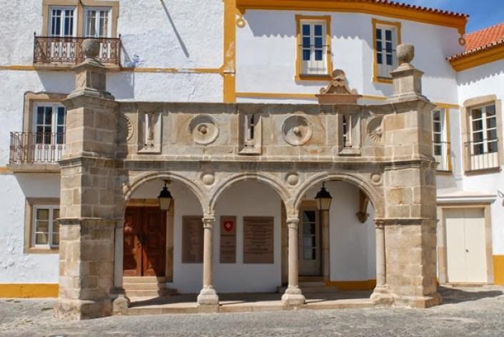 varanda-do-palacio-do-grao-prior-3