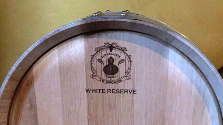 Vinhos brancos com madeira dão outra amplitude à sua refeição !