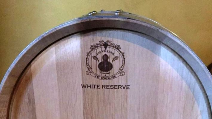 Vinhos tintos ou brancos complexos com madeira dão estrutura !
