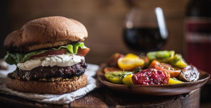 hamburger-and-wine