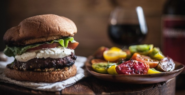 saber como harmonizar vinhos portugueses e hamburgueres 1