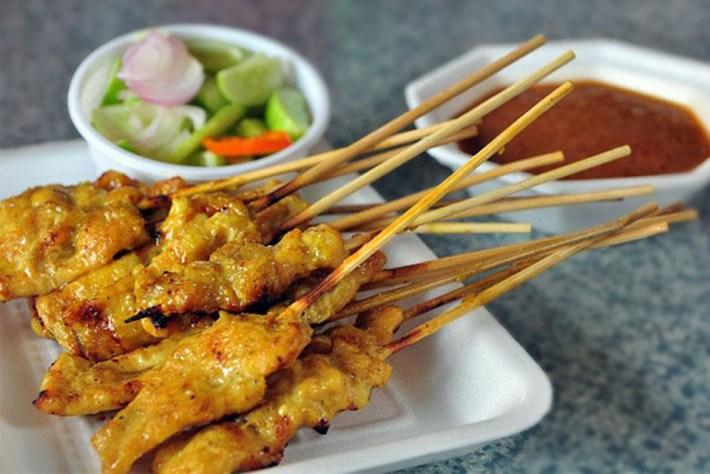 O popular Satay de frango
