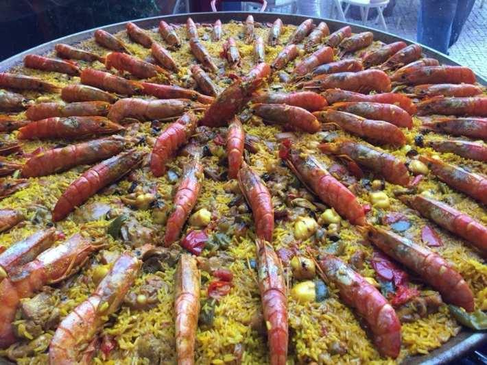 A típica e multifacetada Paella Espanhola 2
