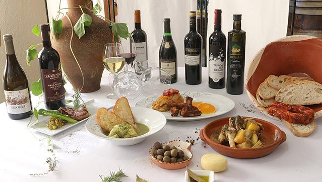 Sugestao de Domingo com Gastronomia de Reguenos de Monsaraz e Bons Vinhos Portugueses
