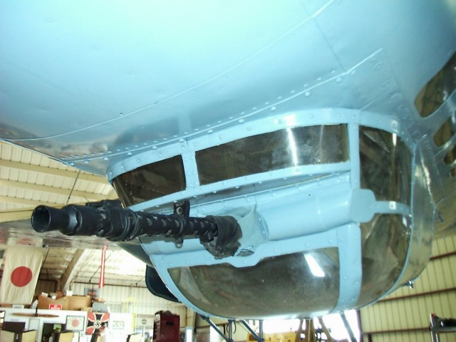 El Hangar  CASA C2111 Pedro 172