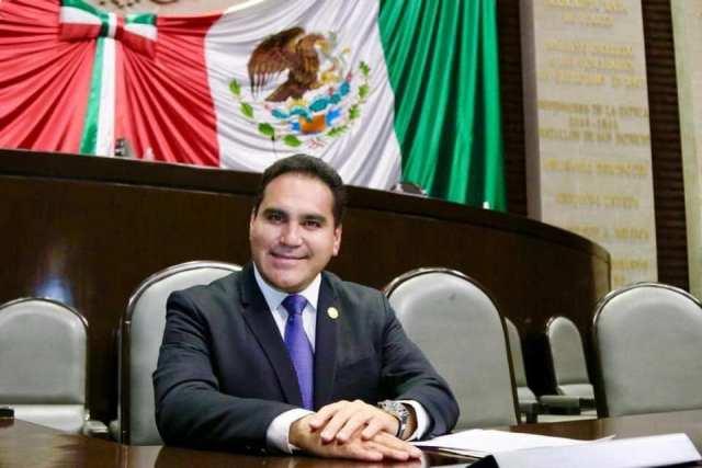 De preescolar a educación superior, un derecho del mexicano