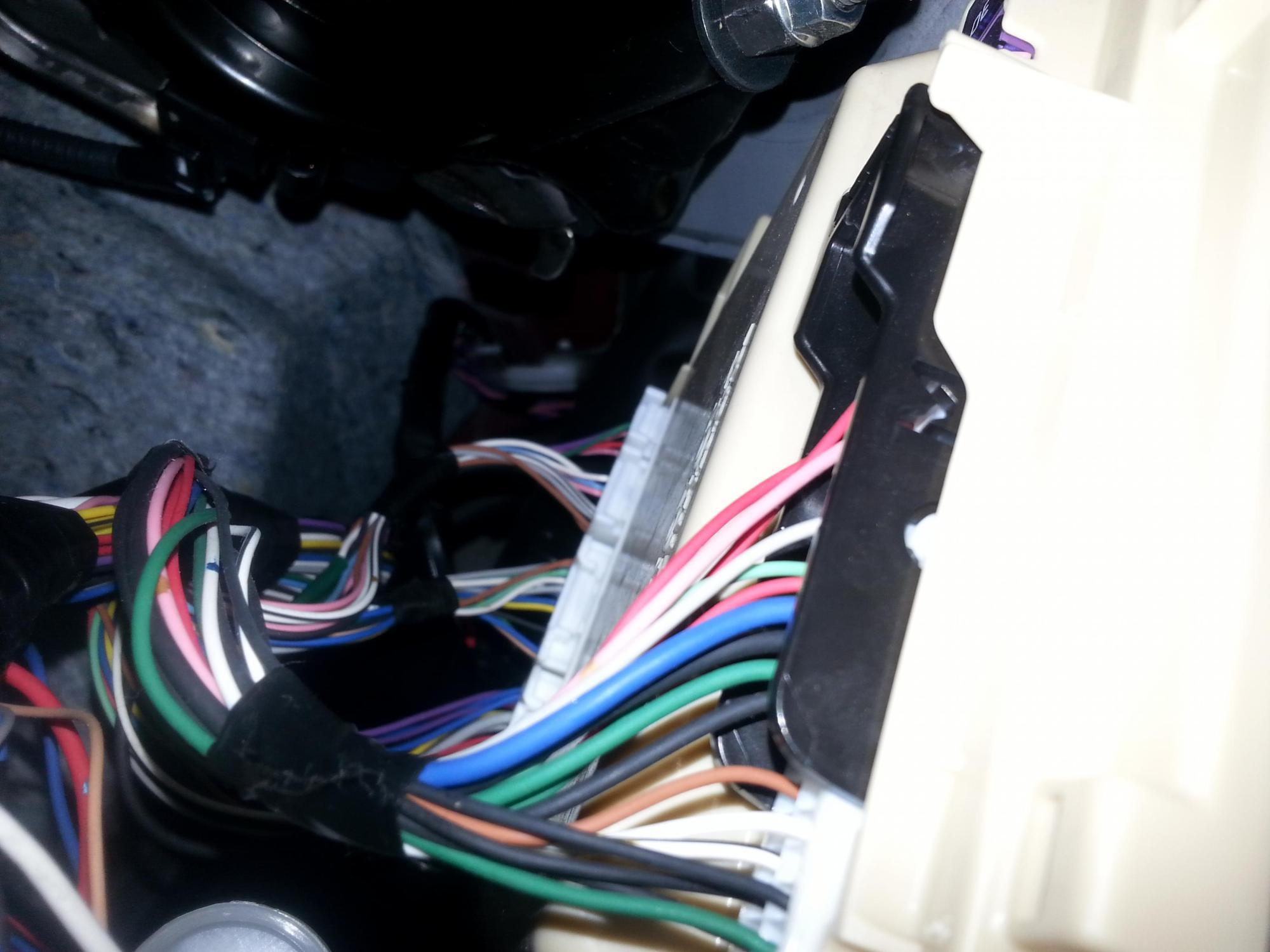 hight resolution of installed jl audio w6 subwoofer in 07 lexus es350 20140823 111901 jpg