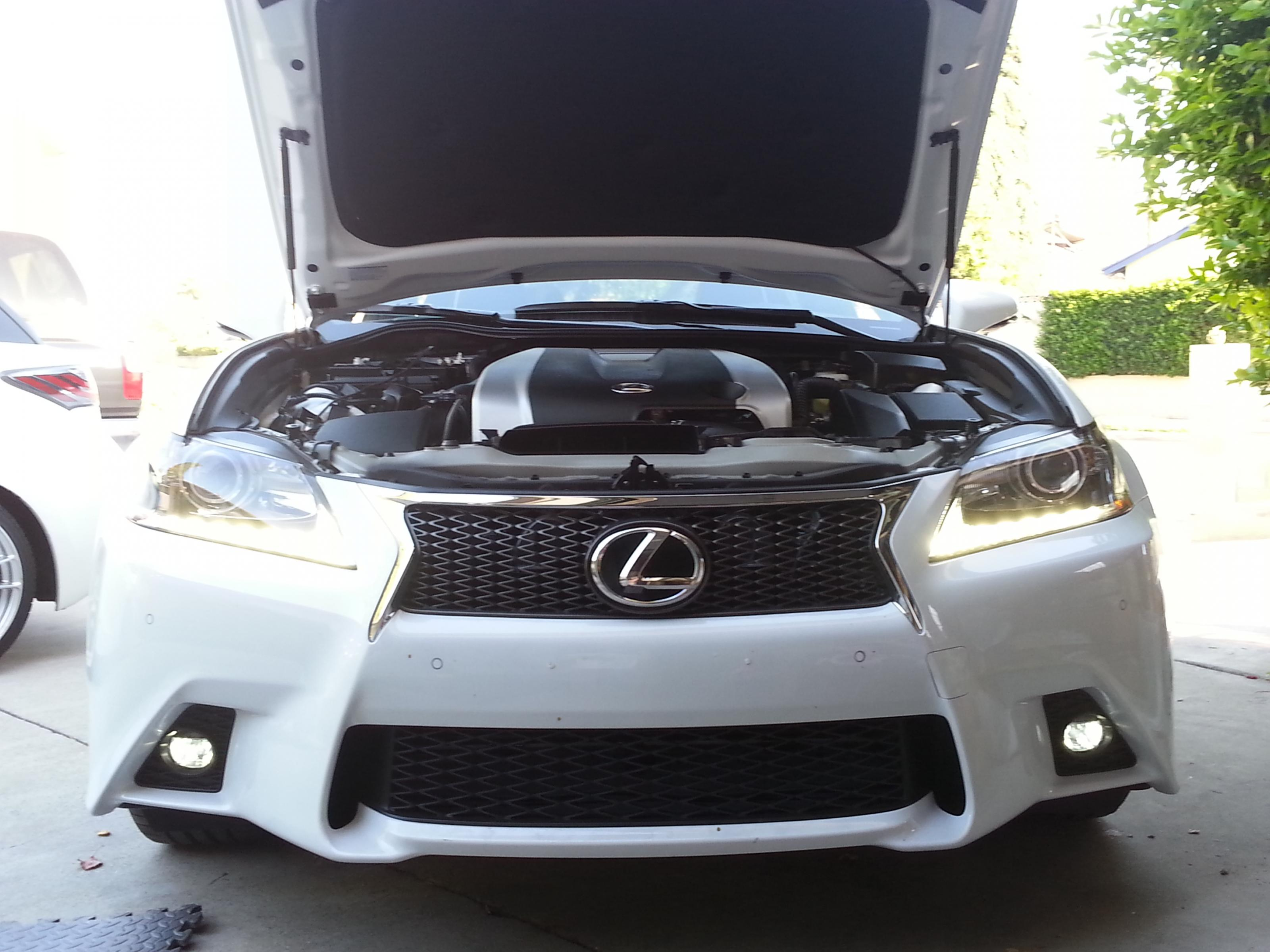 Replacing GS350 4G standard Fog lights with LED ClubLexus