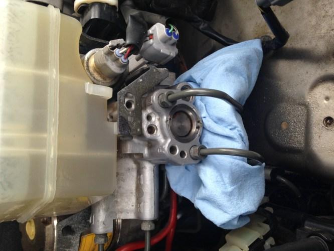 small resolution of brake master cylinder leak lexus gx brake fluid jpg