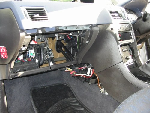 small resolution of peugeot 206 fuse box problem wiring librarypeugeot 206 fuse box problem