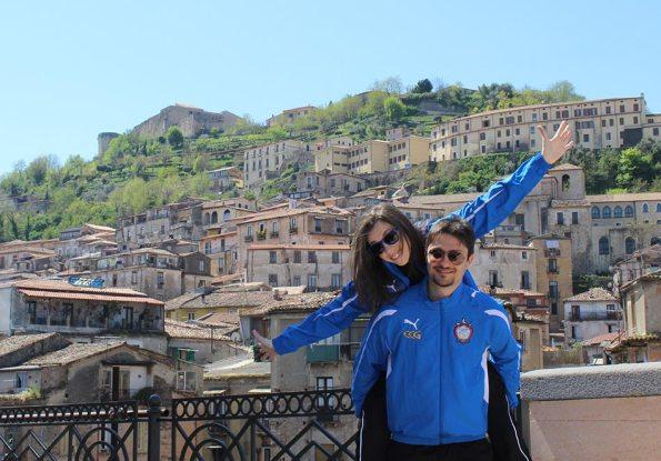 Isotta e Luigi presentano la tuta del Club Scherma Cosenza
