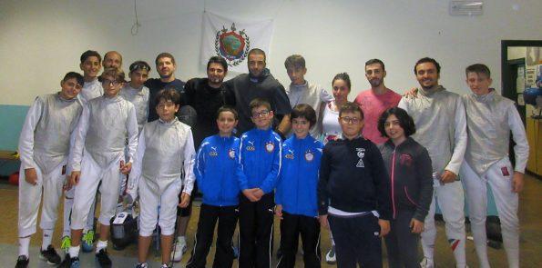 Foto di gruppo Stage di Spada e Fioretto