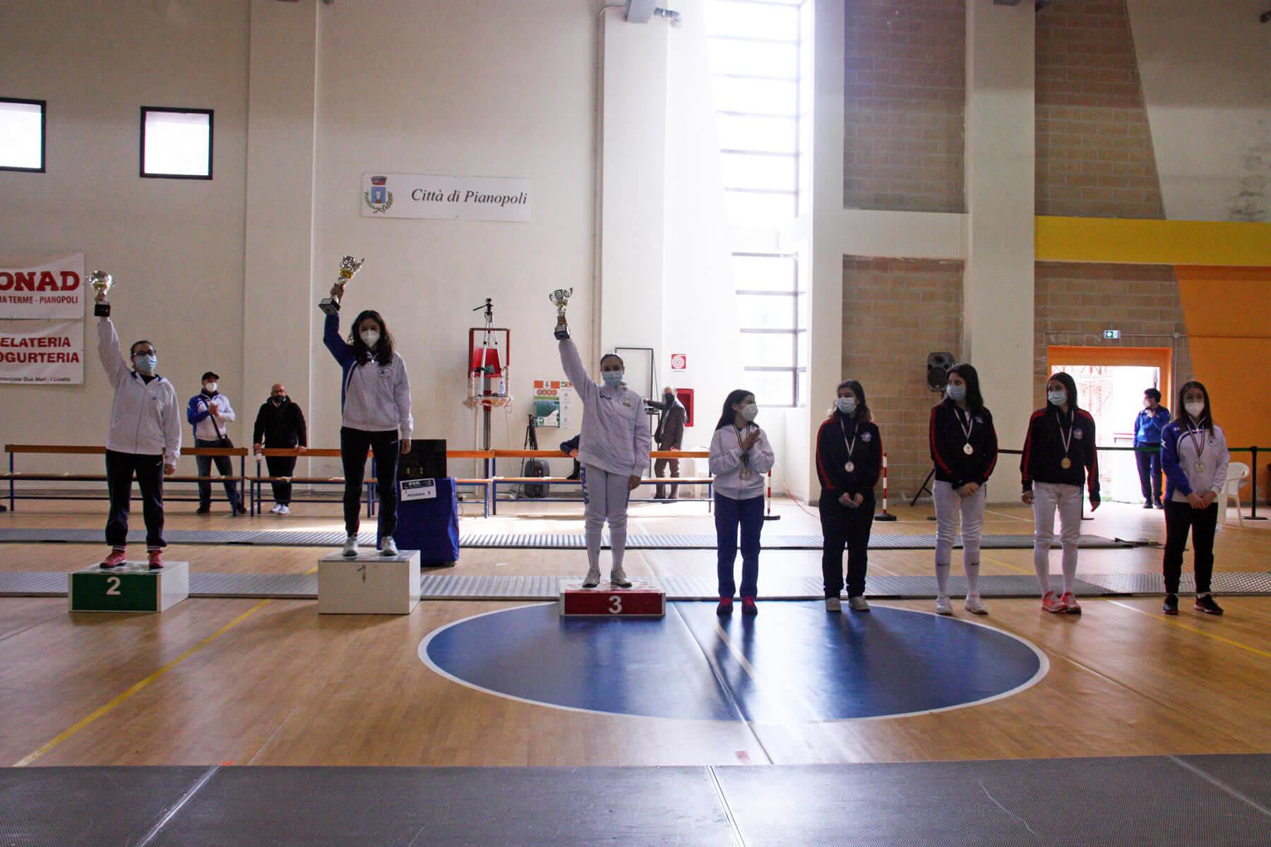 Prova di qualificazione Cadetti e Giovani: il podio di spada femminile Under-20