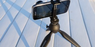 Cum sa iti montezi smartphoneul pe trepied
