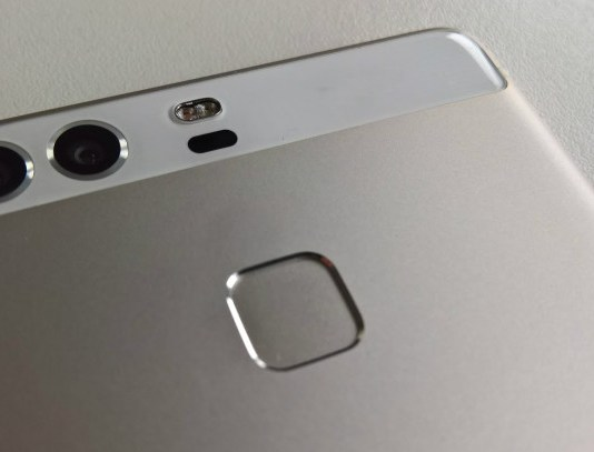 Huawei P9 cu camera Leica