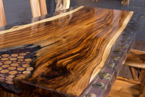 Esstisch Baumstamm Baumscheibe Suar Epoxid 202x90x78 Tisch