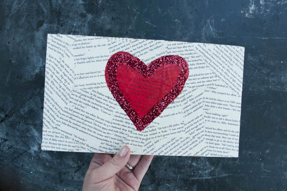 Easy Heart Canvas For Valentines Day Clumsy Crafter