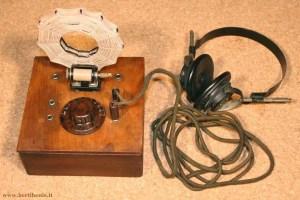 Radio a galena con cuffie