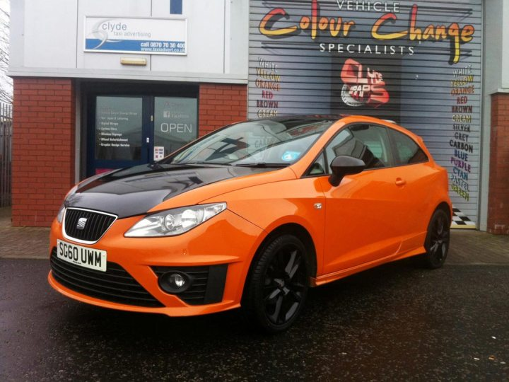 Seat Ibiza ST in Gloss Orange with Gloss Black Bonnet and Roof
