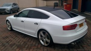 Audi A5 TDi White Wrap Carbon Roof