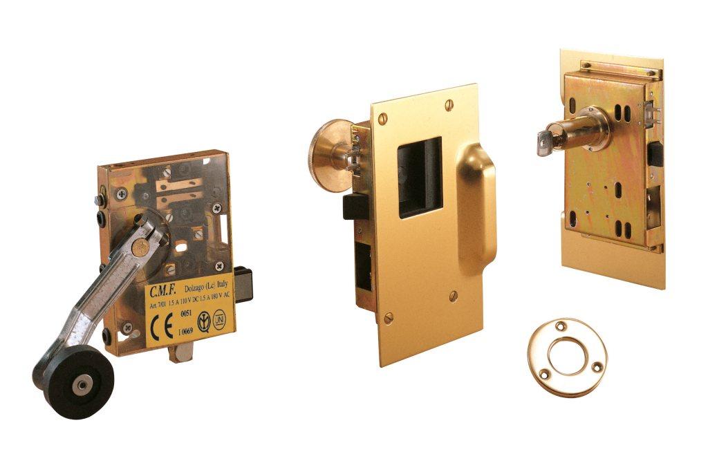 Serratura manuale FIAM omologata incassata ottone lucido e a chiave