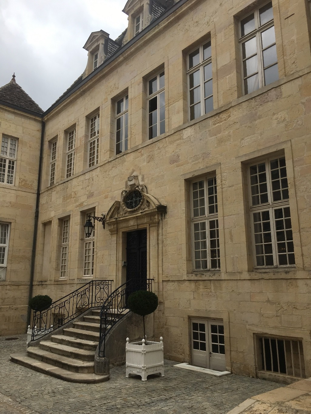 agence immobiliere cm immobilier a dijon