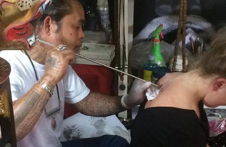 sak yant tattoo ajarn