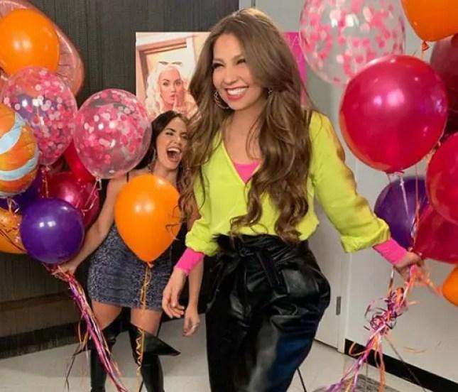 Thalía - El video de agradecimieto de Thalía y Lali