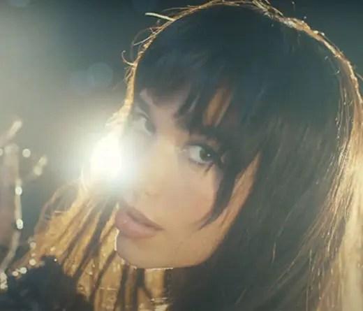 Dua Lipa presenta su nuevo single y video Levitating feat. DaBaby-