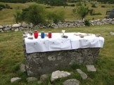 Stećak-služi-kao-oltar