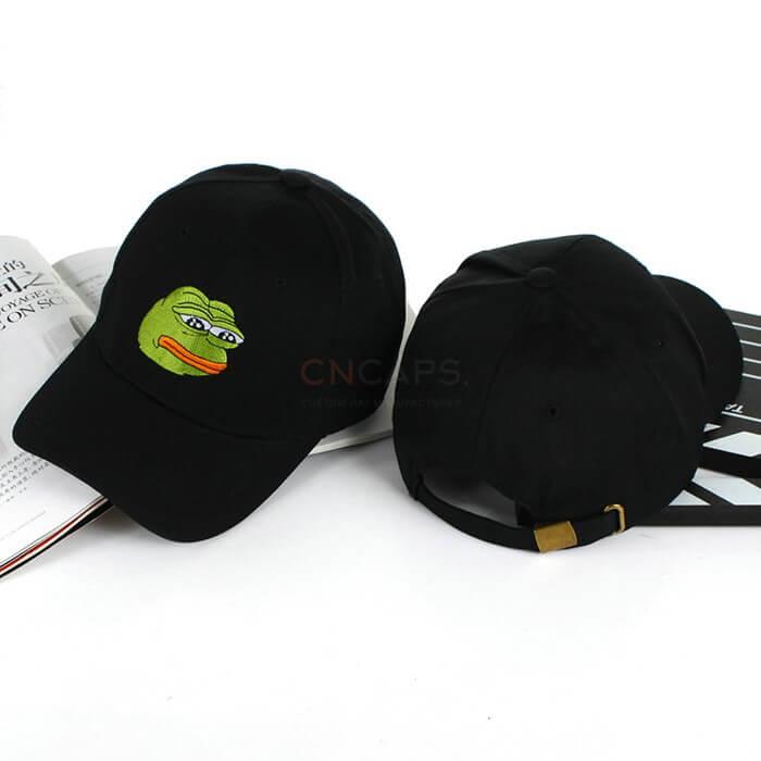 Frog baseball cap