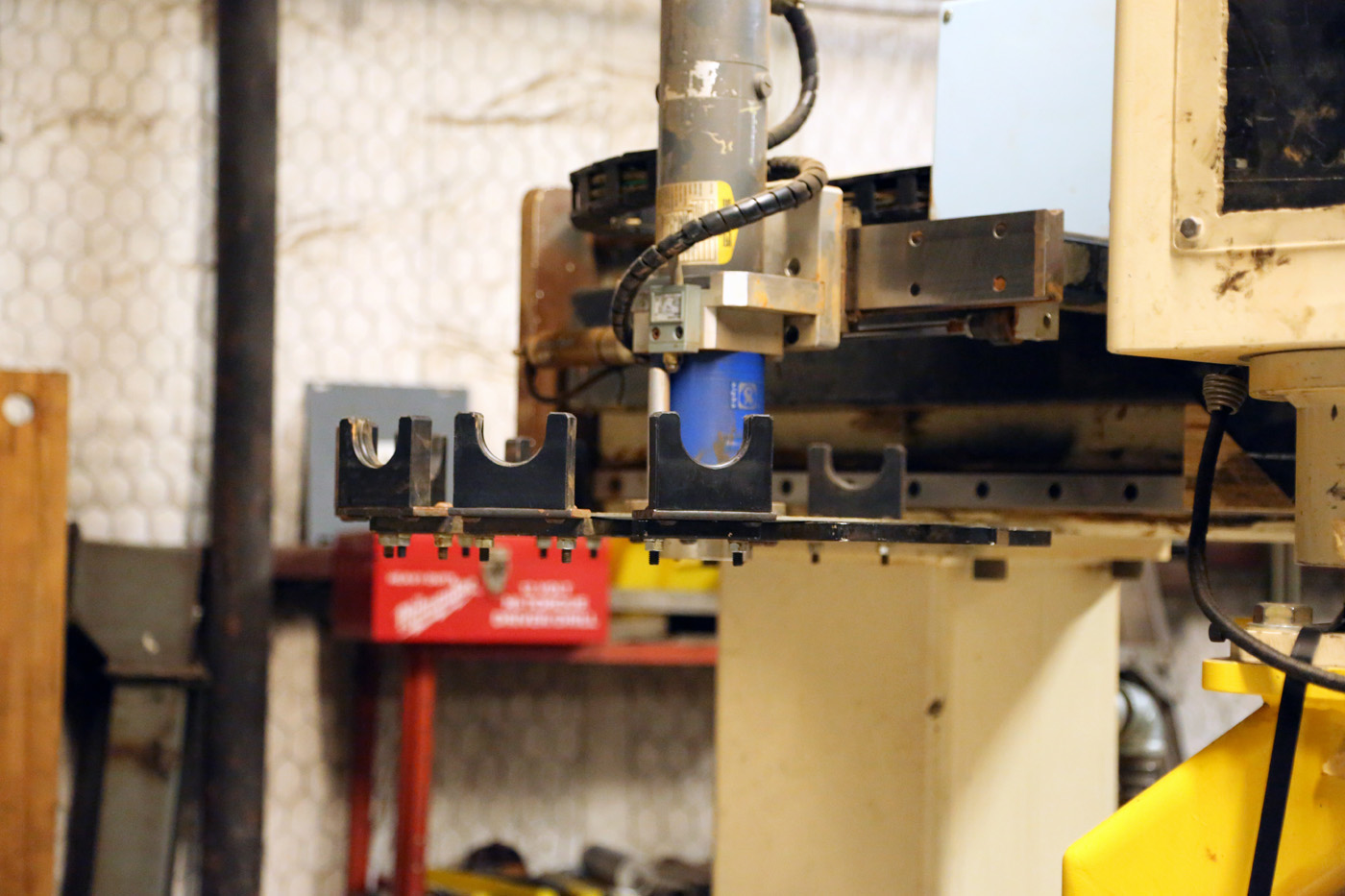 Motionmaster 5 Axis CNC Router E553