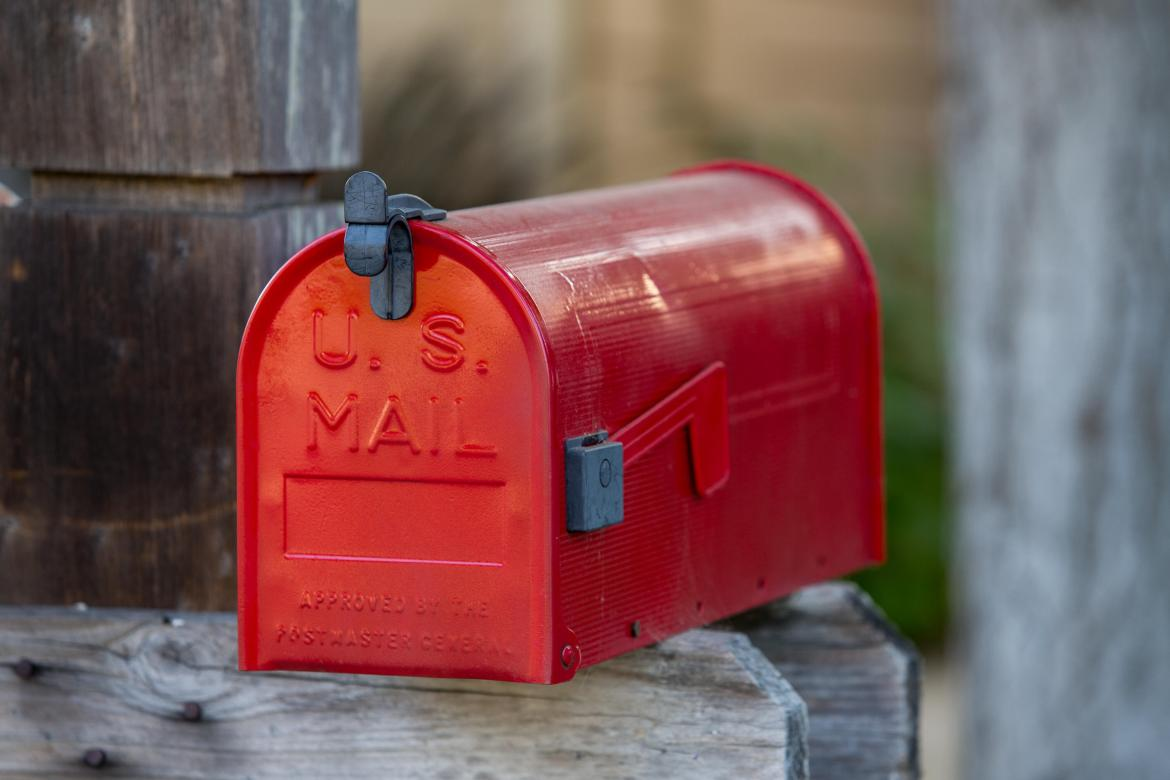 mailbox-election-mail-in-voting-7543