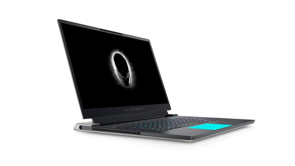aw-x15-angled-front-left-close-up-led-touchpad
