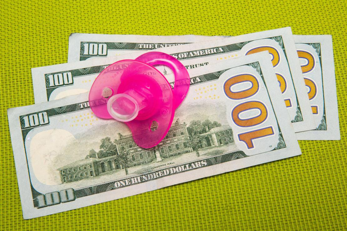 003-cash-stimulus-child-tax-credit-3600-calculator-cnet-2021-2020-federal-government-money-baby-family-pacifier-sippy