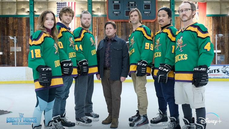 the mighty ducks game changers sees the return of the original mighty ducks cast