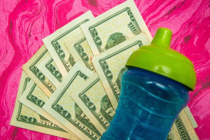 010-cash-stimulus-child-tax-credit-3600-calculator-cnet-2021-2020-federal-government-money-baby-family-pacifier-sippy