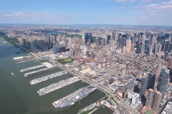Au bord de l'Hudson, ne manquez pas la silhouette du porte-avions USS Intrepid
