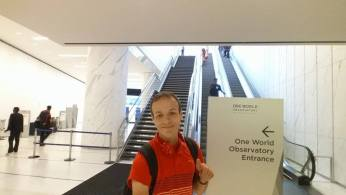 Smain Stanley au bas des escalators. (Photo Smain Stanley)