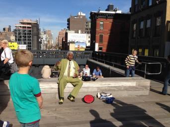 Rencontre sur la High Line. (Photo Laurence Bajeux)