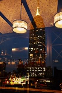 archer-hotel-new-york-spyglass-rooftop-bar-bar-reflection